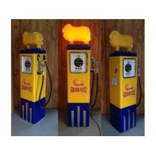 Golden Fleece Petrol Bowser with Ram